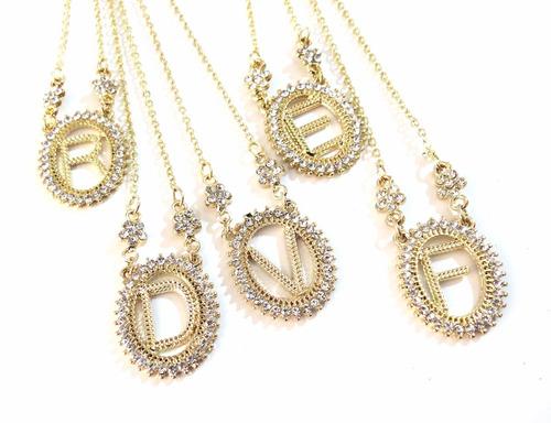 colar com iniciais de nomes folheado a ouro 18k - cada