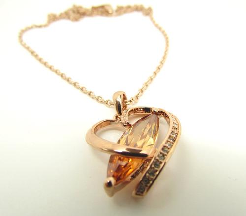 colar com pingente coração e pedra safira de 8k