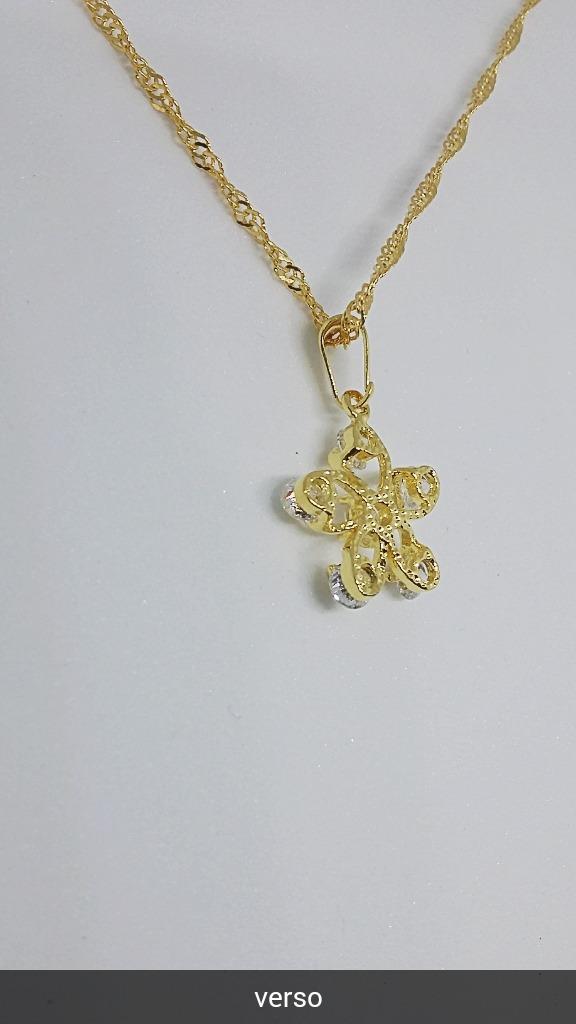 b59f7613eae Colar Com Pingente Flor Zirconia Folheado A Ouro 18k - R  39