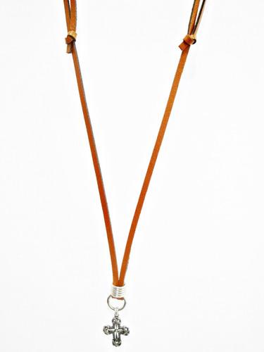 colar cordão masculino de couro com cruz de metal
