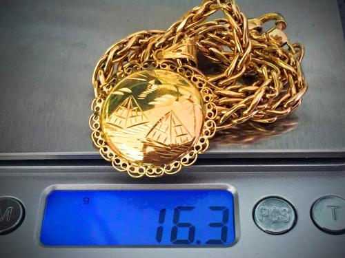 colar c/pingente ouro 18k peso: 16.3gr. comp. 43.5cm.