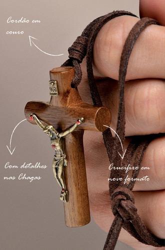 colar crucifixo c/ chagas de cristo imbuia couro lançamento