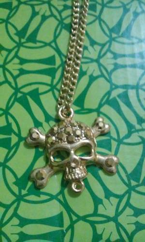 colar d caveira com strass semi jóia