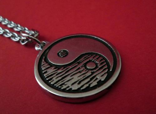 colar da paz + colar yin yang