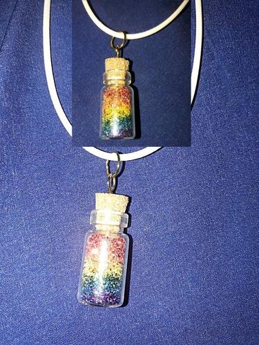 colar de garrafinha lgbt  lançamento para o público gay