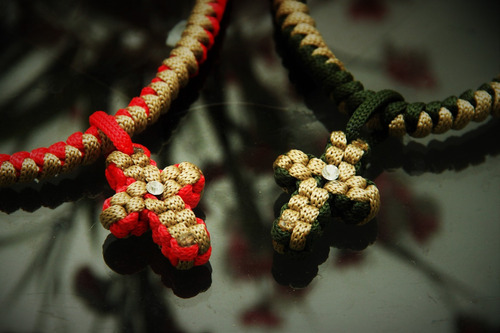 colar e pulseiras artesanais