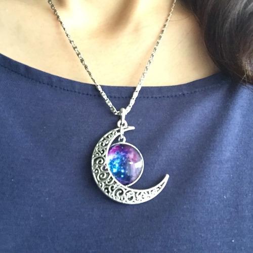 colar feminino esfera galáxia lua