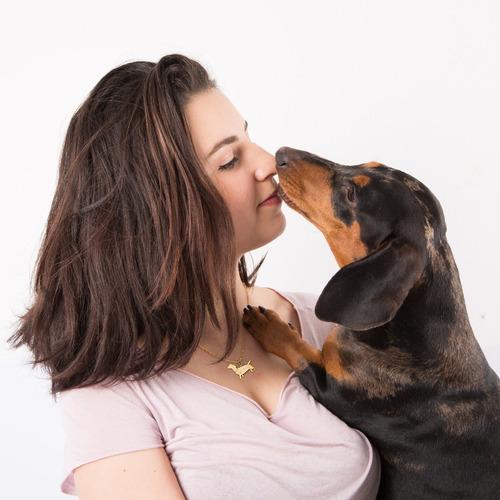 colar feminino pingente cachorro salsichinha banhado a ouro