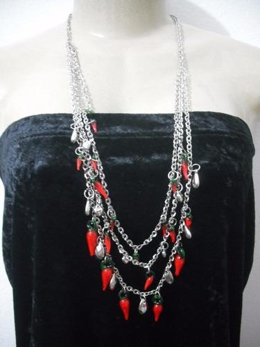 colar feminino pingente pimenta de vidro usado bom estado