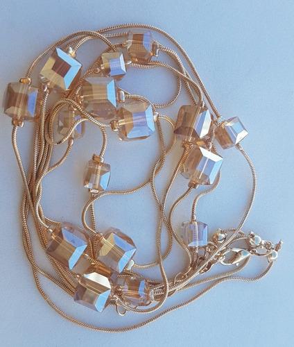 colar longo cubos cristal austríaco dourado, cinza escuro