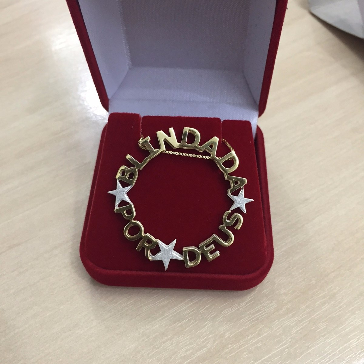 f33eb2f1658a4 colar mandala com 4 nomes - prata 925   banho ouro 18k. Carregando zoom.
