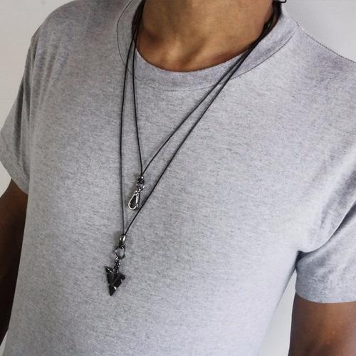 colar masculino duplo com cordão de couro e corrente tribal