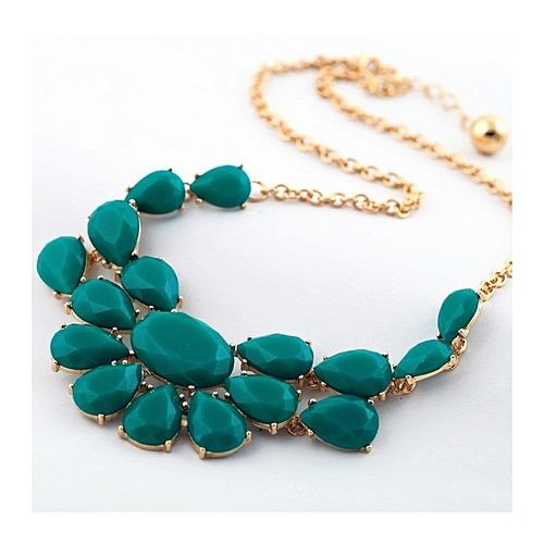 colar pingente de pedras cor esmeralda + mimo fofo