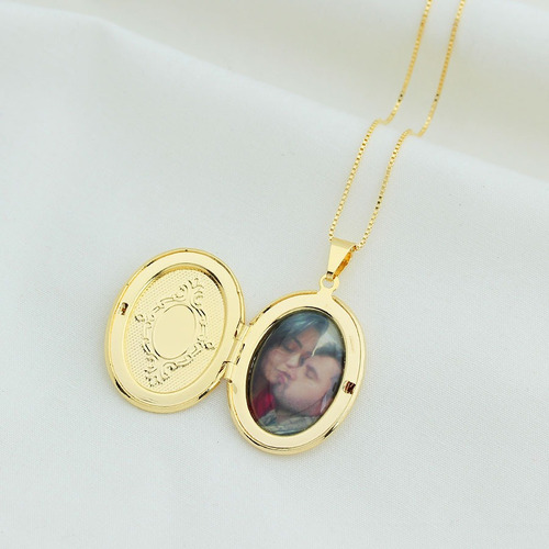 colar relicário foto personalizado oval semi joia dourado