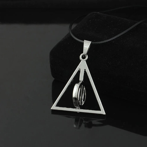 colar reliquias da morte harry potter circulo interno gira