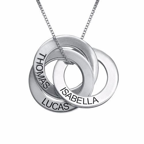 colar saturno em prata com nomes personalizados