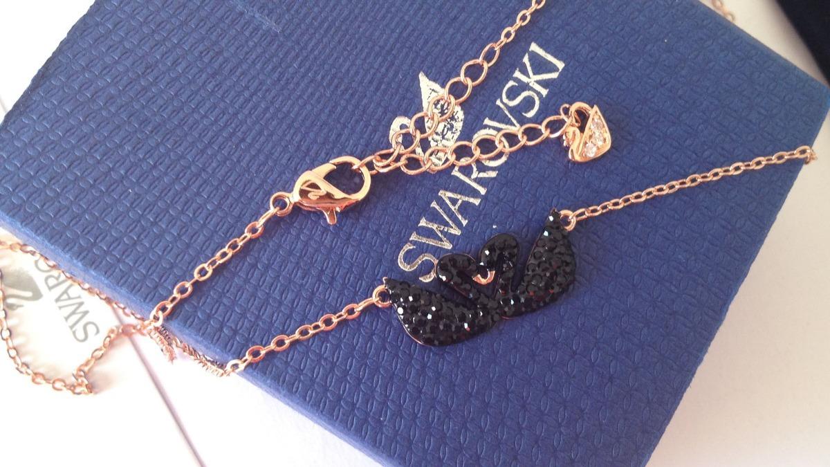 Colar Swarovski Cisne Negro Duplo Com Embalagens - R  320,00 em ... d0c10d6713