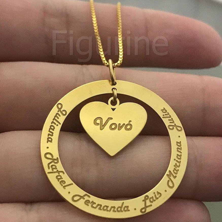 135518900ce9d colar vovó ou mamãe com nomes personalizados banhado a ouro. Carregando  zoom.