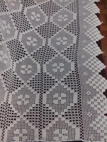 colcha casal de crochê feita a mão.