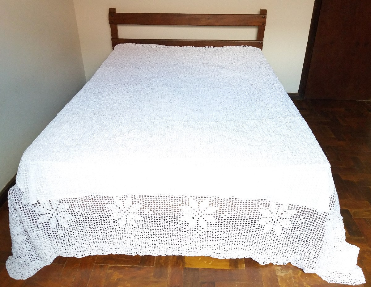 48ef2a8819 Colcha Crochê Artesanal Branca Para Cama King Size - R  1.000