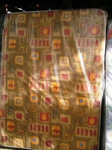 colchón de 1 plaza  divino  un año de garantía