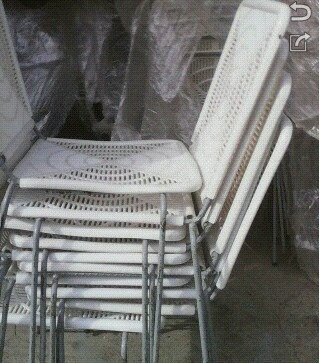 colchon inflable carro de perro y sillas