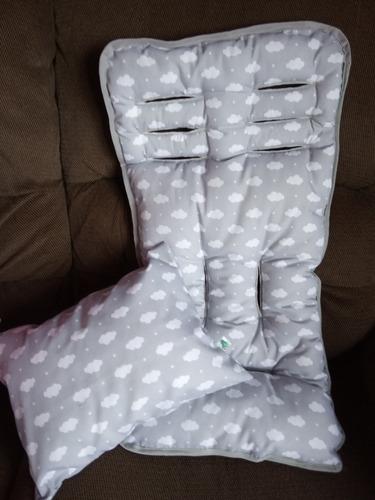 colchon universal para coche + almohada en juego