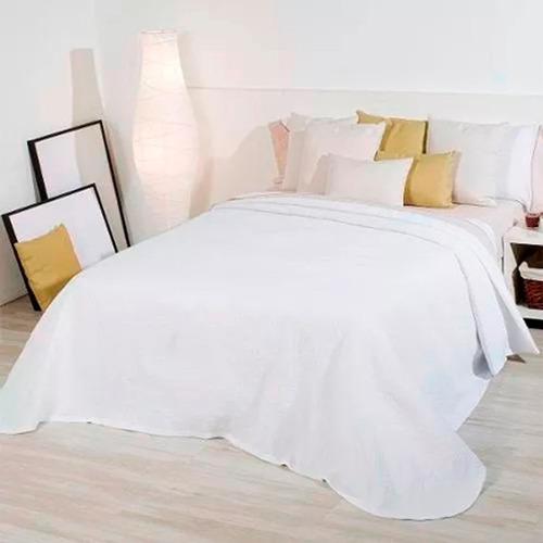 colchon y sommier de dos plazas+ respaldo + colcha almohadas