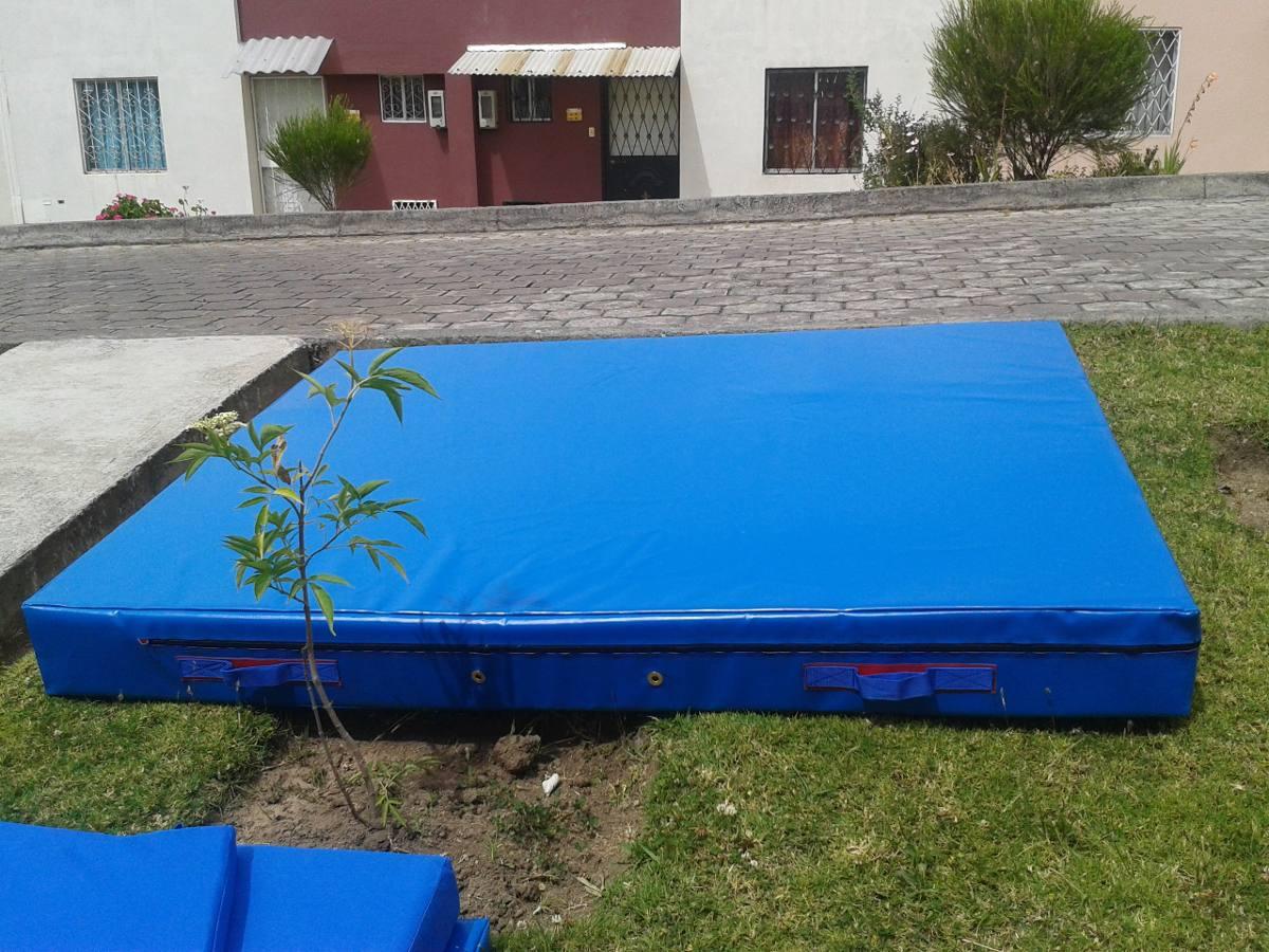 Colchoneta de 2x1x10 lona impermeable costo 190 u s 190 for Colchonetas para gimnasia
