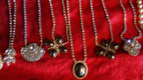 coleccion de 11 collares de swarovski