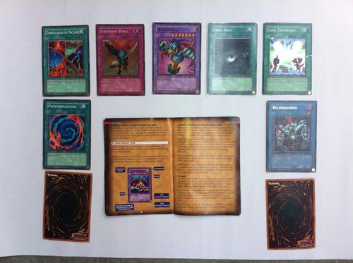 colección de cartas de yu-gi-oh  y  con manual