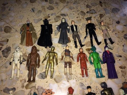 colección de figuras de star wars de los 80s con estuche