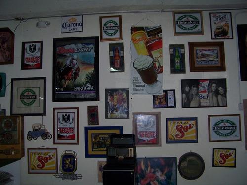 coleccion de letreros de cervezas