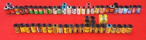 colección de rollos fotográficos 35mm vintage