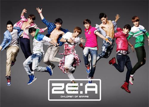 colección kpop - ze:a - 1 remera