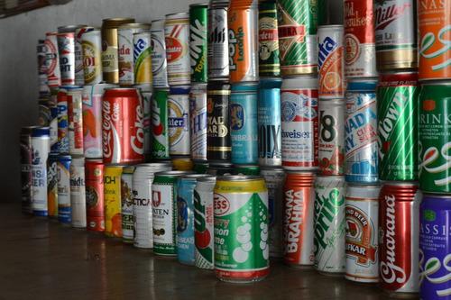 colección latas cervezas,
