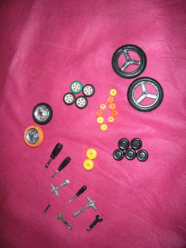 coleção antiga de miniaturas skate/patins/bicicleta/patinete