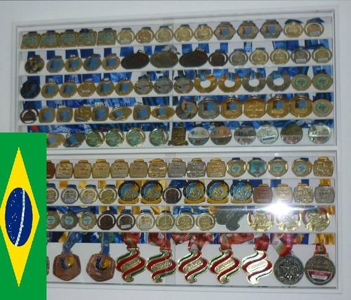 coleção com medalhas