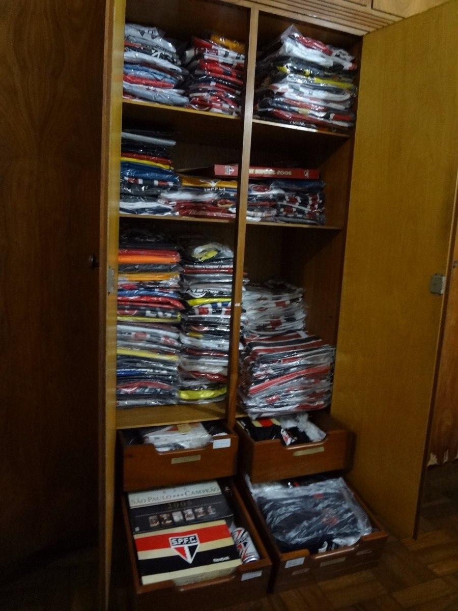 5aa8f0e7d Coleção De Camisas Do Spfc - Vendas Individuais - R  120.000