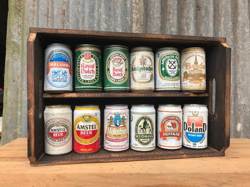 coleção de latas de cervejas antigas