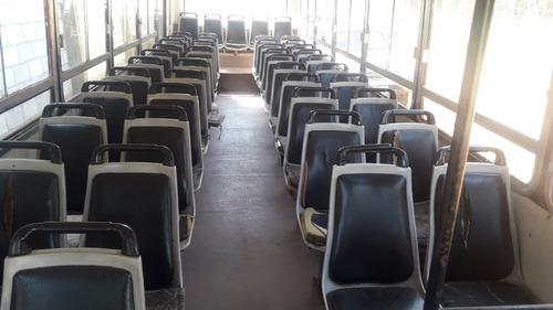 colectivo 47 asientos
