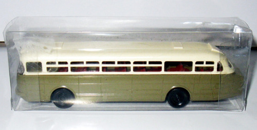 colectivo ikarus 66 - marca modelltec 1/87 (made in germany)