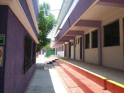 colegio  acreditado y en funcionamiento en querétaro.primaria, secundaria y preparatoria