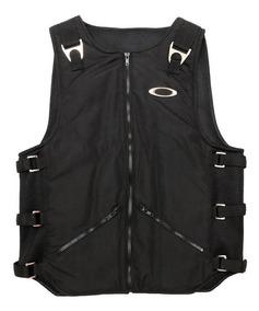 76b1ad6cf71 Colete Oakley Ap Vest De 300 Reais - Calçados, Roupas e Bolsas com o  Melhores Preços no Mercado Livre Brasil
