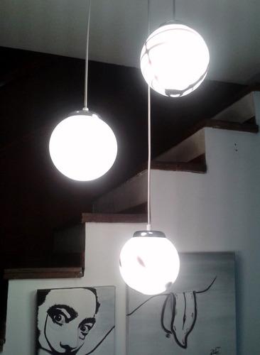 colgante 3 globos de vidrio  blanco 30 cm diam - gon ilumina