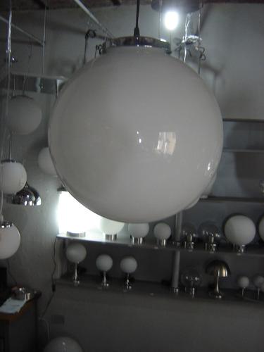 colgante globo esfera de vidrio opal 40 cm.acc.cromados .b.c