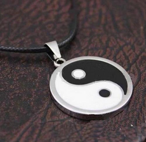 colgante yin yang acero 3 x 3 cms