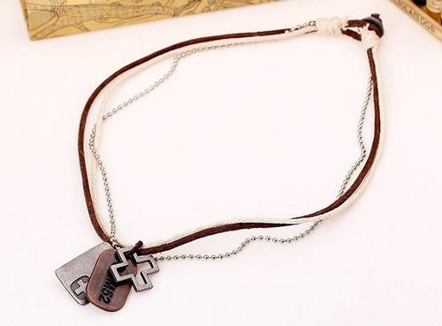 collar ajustable cruz  hombre de piel y cuerda