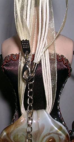 collar americano dije de vidrio con hilo y cinta de horganza