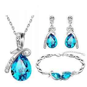 d2420818b34d Preciosa Pulsera En Cristales Swarovsky - Collares y Cadenas en ...